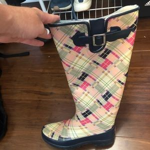 Sperrys Rainboots size 7 pink and blue